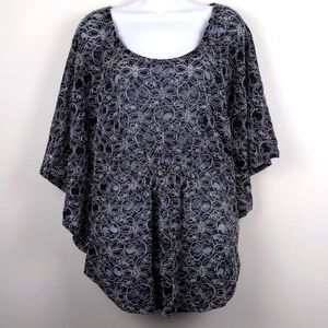 Cato-Black lace w/Cream stitched flowers blouse XL
